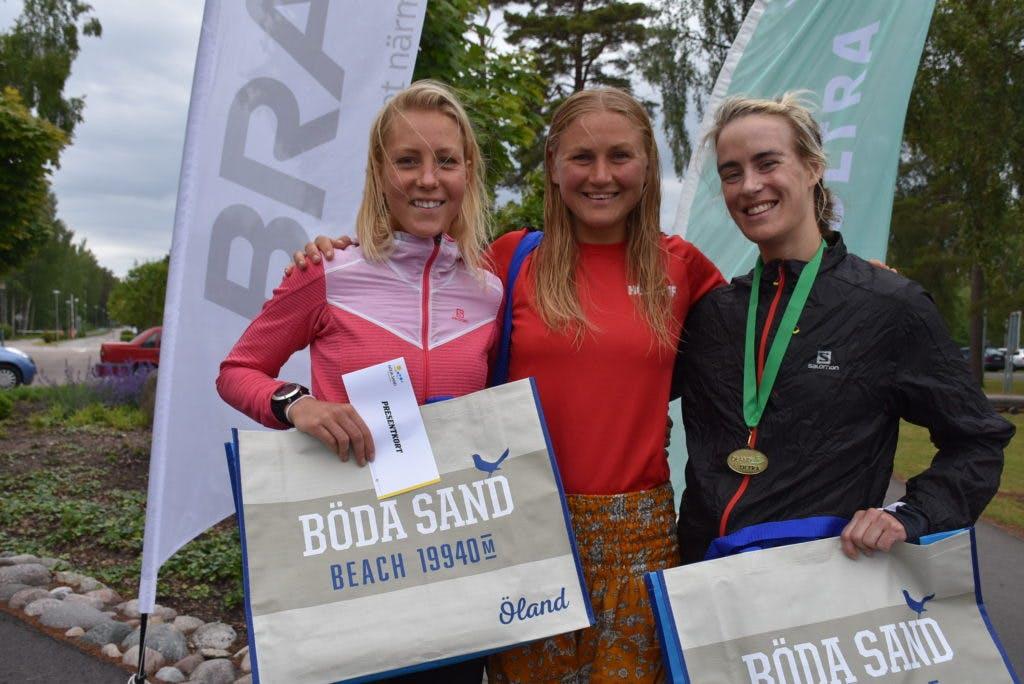 Top3 i Damernas långa klass - Fanny, Ida och Ellen